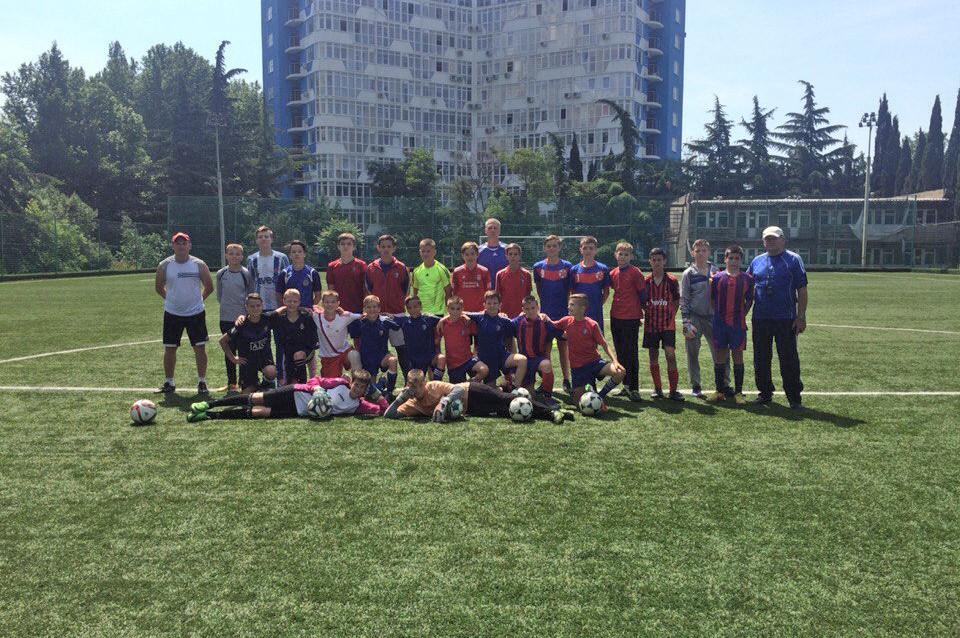 Юношеская сборная Крыма по футболу завершила свой насыщенный визит в Москву